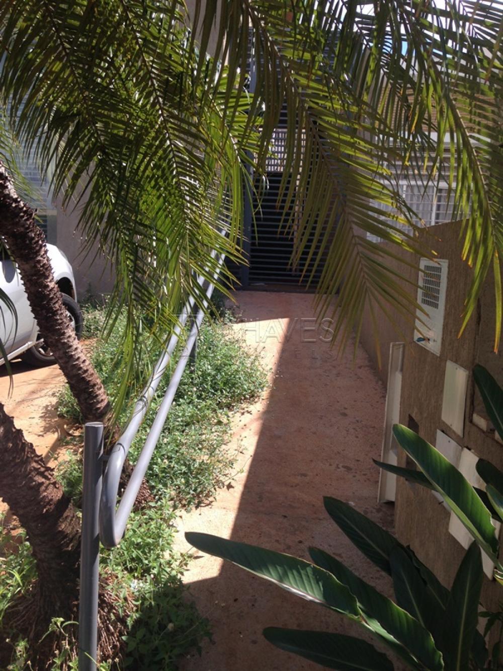 Alugar Comercial / Casa em Ribeirão Preto R$ 4.600,00 - Foto 2
