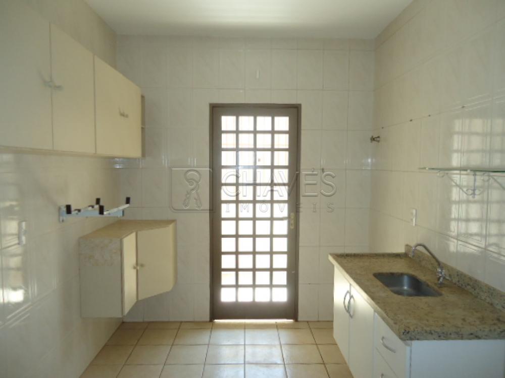 Alugar Apartamento / Padrão em Ribeirão Preto R$ 900,00 - Foto 4