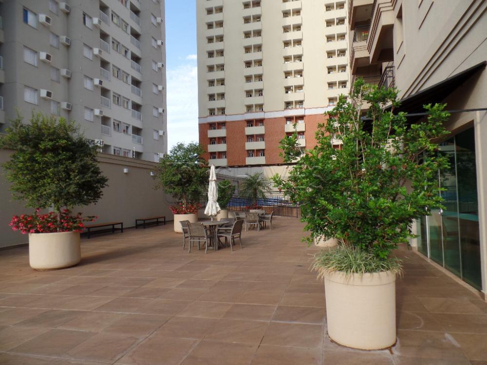 Alugar Apartamento / Padrão em Ribeirão Preto R$ 1.800,00 - Foto 32