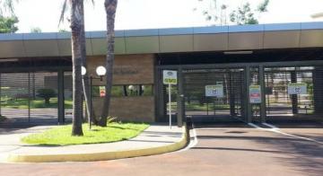 Alugar Terreno / Condomínio em Bonfim Paulista. apenas R$ 180.000,00