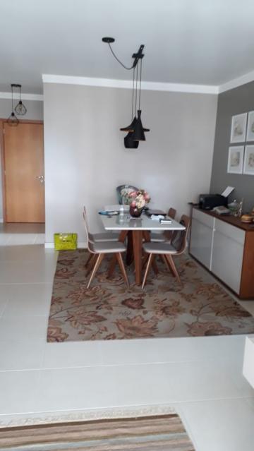 Alugar Apartamento / Padrão em Ribeirão Preto. apenas R$ 400.000,00