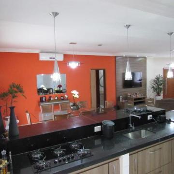 Alugar Casa / Condomínio em Jardinópolis. apenas R$ 890.000,00