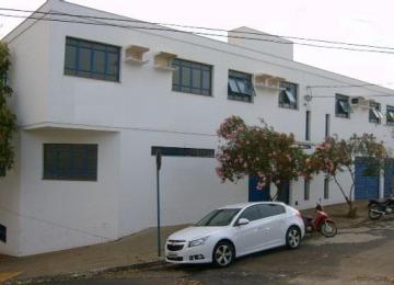 Comercial / Sala em Ribeirão Preto Alugar por R$680,00