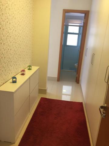 Alugar Apartamento / Padrão em Ribeirão Preto. apenas R$ 1.000.000,00