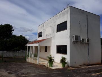 Araraquara Vila Renata (Vila Xavier) Salao Locacao R$ 11.000,00  10 Vagas Area do terreno 7427.00m2