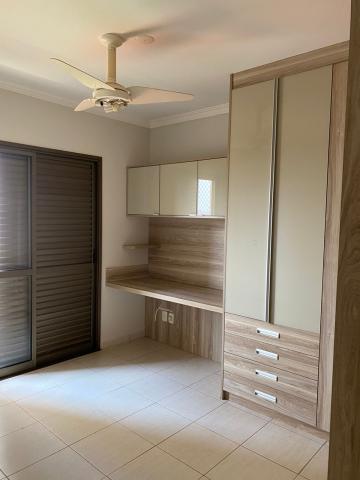 Alugar Apartamento / Padrão em Ribeirão Preto R$ 1.850,00 - Foto 15