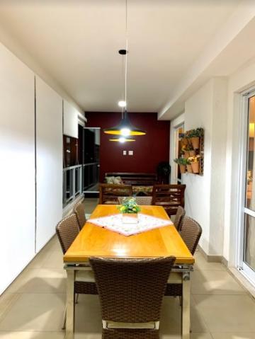 Apartamento / Padrão em Ribeirão Preto Alugar por R$3.600,00