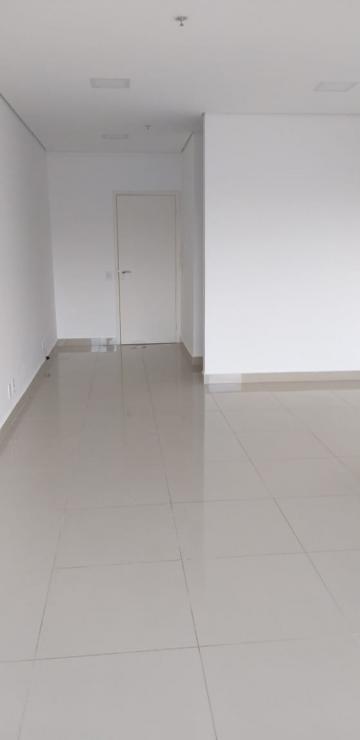 Alugar Comercial / Sala em Condomínio em Ribeirão Preto. apenas R$ 1.200,00