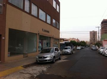 Comercial / Sala em Condomínio em Ribeirão Preto Alugar por R$2.800,00