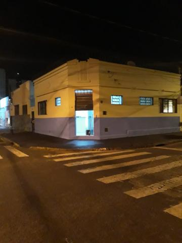 Alugar Comercial / Salão em Ribeirão Preto. apenas R$ 900,00