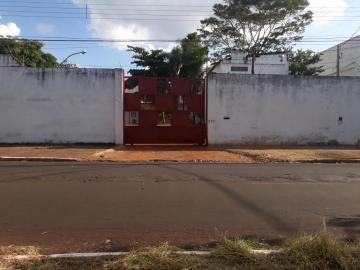 Comercial / Salão em Ribeirão Preto Alugar por R$5.900,00