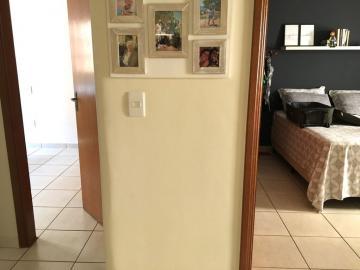 Comprar Apartamento / Padrão em Ribeirão Preto R$ 275.000,00 - Foto 8
