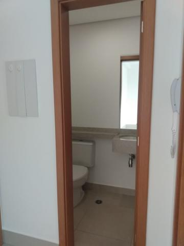 Alugar Apartamento / Padrão em Ribeirão Preto R$ 1.800,00 - Foto 19