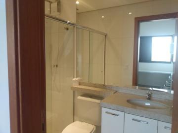 Alugar Apartamento / Padrão em Ribeirão Preto R$ 1.800,00 - Foto 21