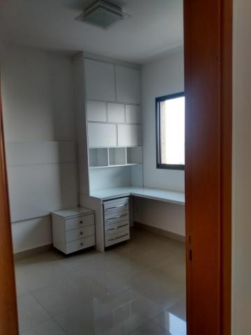 Alugar Apartamento / Padrão em Ribeirão Preto R$ 1.800,00 - Foto 15