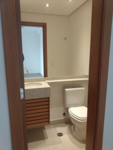 Alugar Apartamento / Padrão em Ribeirão Preto R$ 1.800,00 - Foto 20